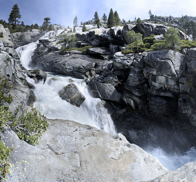 Lake Tahoe Vacation Rentals On The Water: Lake Tahoe Hiking Trails • South Lake
