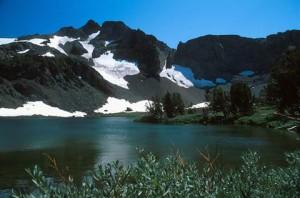 Carson Pass to Winnemucca Lake - Lake Tahoe Hiking Trails